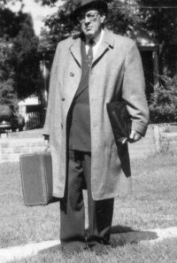 Zahniser in his backyard in Hyattsville, Maryland, wearing a suit coat designed with extra pockets, filled with promotional material on the wilderness bill. Courtesy of Denver Public Library, Western History Conservation Collection.