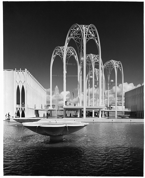 U.S. Science Pavilion, Seattle, WA. Designed by Minoru Yamasaki and Jack Christiansen. Complete, 1962. Courtesy of MKA Slide Archives.